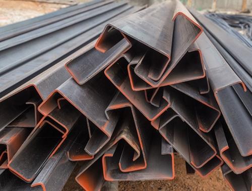 El monten C es un tipo de polin de acero que se considera el más común de todos, y tiene aspectos importantes a considerar. ¡Hacemos envíos a todo el país!